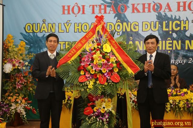 hoat-dong-du-lich-tam-linh6