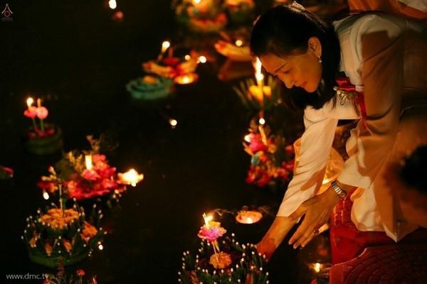 thai-lan-tuong-niem-to-su-phramongkolthepmuni10