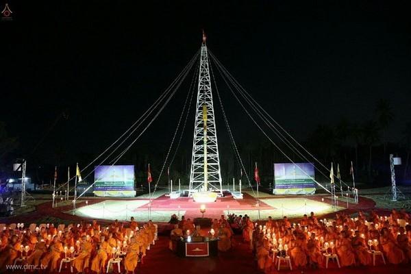 thai-lan-tuong-niem-to-su-phramongkolthepmuni23