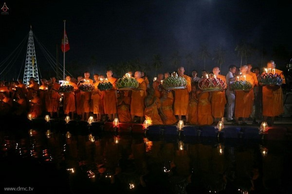 thai-lan-tuong-niem-to-su-phramongkolthepmuni7