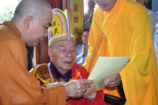 tao-thap-to-tai-nghia-phuong2